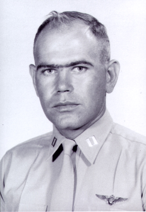 CAPT/CAPTAIN LAWRENCE  T. AMELSE,  USMC/NWA